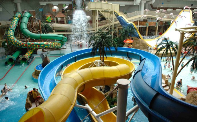 The Top 5 UK Water Parks | Simply Swim